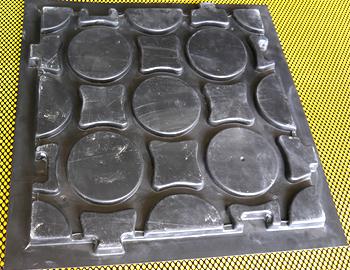 schoeko-leistungen-kunststoff-tiefziehteile-produktbeispiele-gussform-fuer-beton-fertigelemente